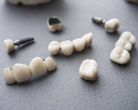 Individual dental implant with crowns